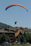 CEO decision-making can be a lot like paragliding